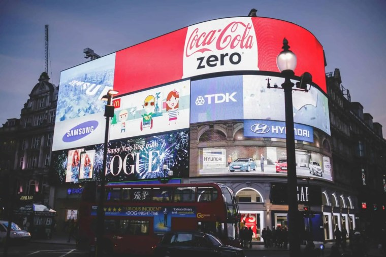 piccadilly circus londra