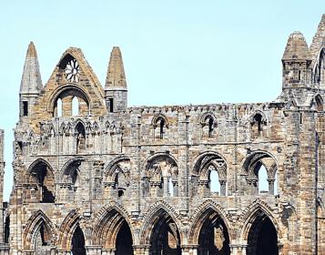 Visita Whitby Abbey nel Yorkshire (quella di Dracula!)