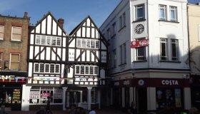 Kingston-upon-Thames nel Surrey; cosa vedere nella vecchia cittadina