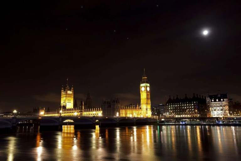 4808458_the-houses-of-parliament