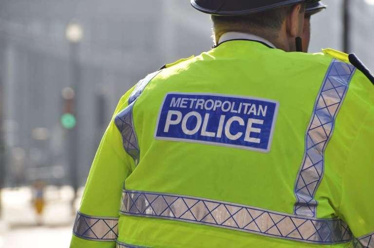 2849577_metropolitan-police-in-london