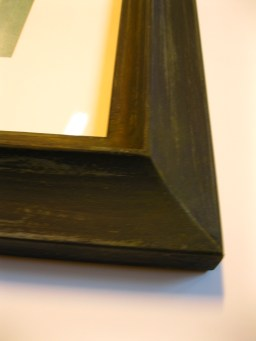 with a gilded liner, this scrubbed black finish on a reverse/swan profile is perfect for mid-century artwork