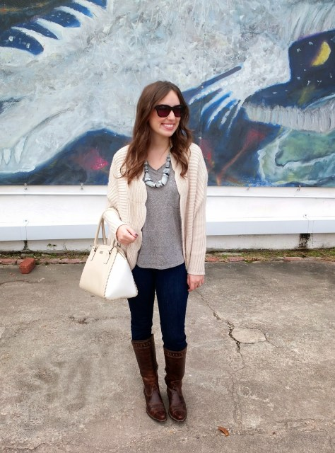 Kate Spade Scalloped Purse, Kate Spade White and Beige Purse, Anthropologie Scalloped Sweater, Anthropologie Cream Sweater, Ariat Sahara Boots, Sahara Boots