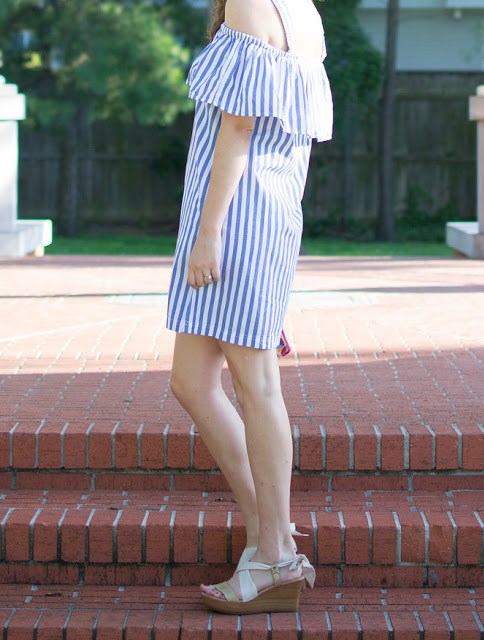 ugg sedona metallic wedges, ugg cream wedges, ugg ribbon tie wedges, ugg ribbon sandals, ugg summer sandals, anthropolgoie whit striped mini dress, blue and white stripe anthropologie dress