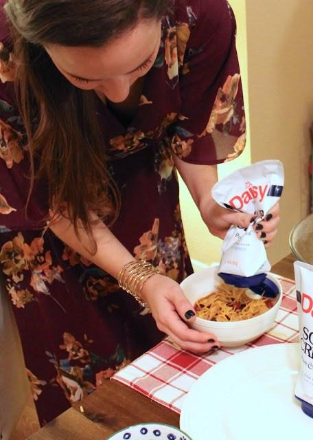 Daisy Squeeze Sour Cream, Squeezable Sour Cream, Corn Chip Chili Recipe