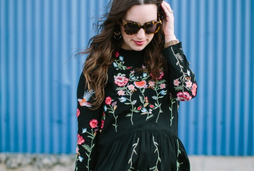 Houston blogger styles a black embroidered chic wish top as a maternity top with leggings and swedish hasbeens.