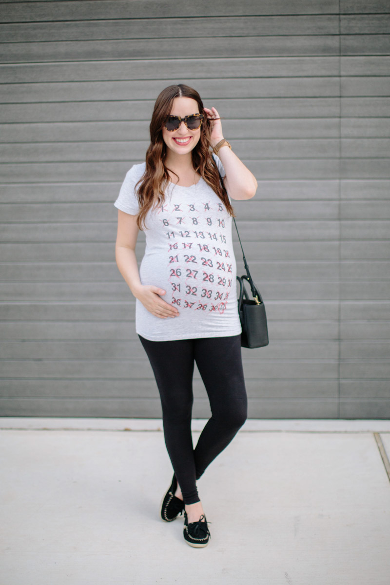 What to wear at 40 weeks pregnant, maternity outfit inspiration in a maternity countdown tee.