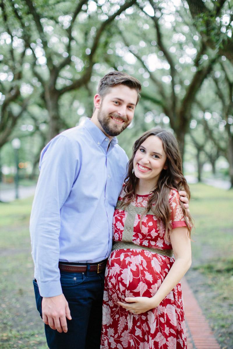 Houston fashion blogger maternity photos and maternity style.