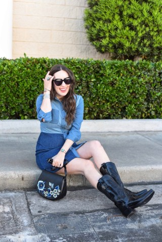 Rodeo boho style in a French Connection denim shirt dress with an embroidered saddle bag.