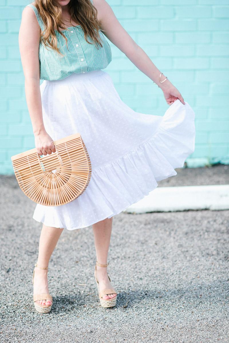 Houston blogger styles a white eyelet jcrew midi skirt.