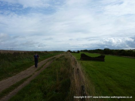 The path runs beside a gallop