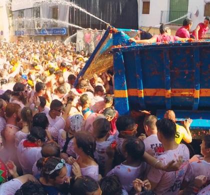 La Tomatina Festival 2015
