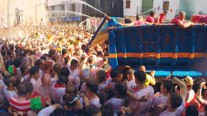 Video: La Tomatina Festival, Buñol, Spain