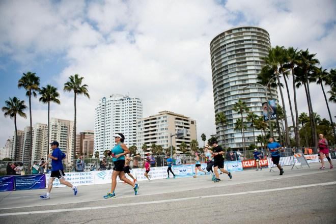 long beach marathon runners