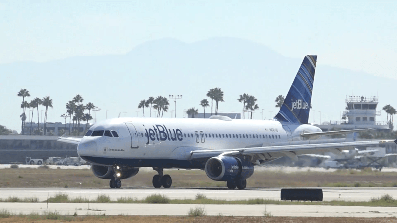 long beach airport airlines