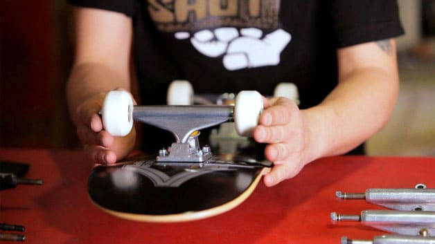 Assembling Skateboard Trucks