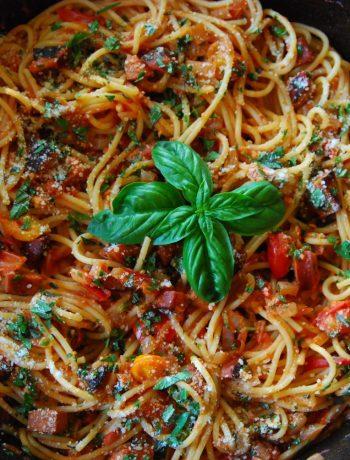 zucchini and sausage spaghetti