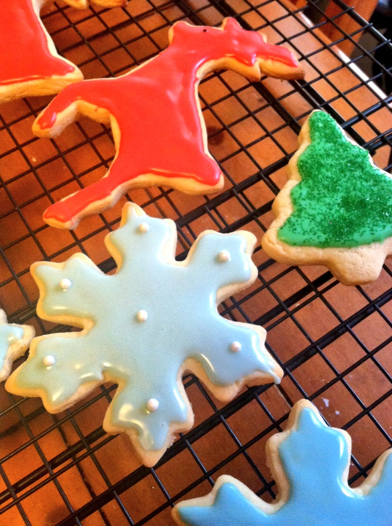 Soft Sugar Cookies with Royal Icing | longdistancebaking.com