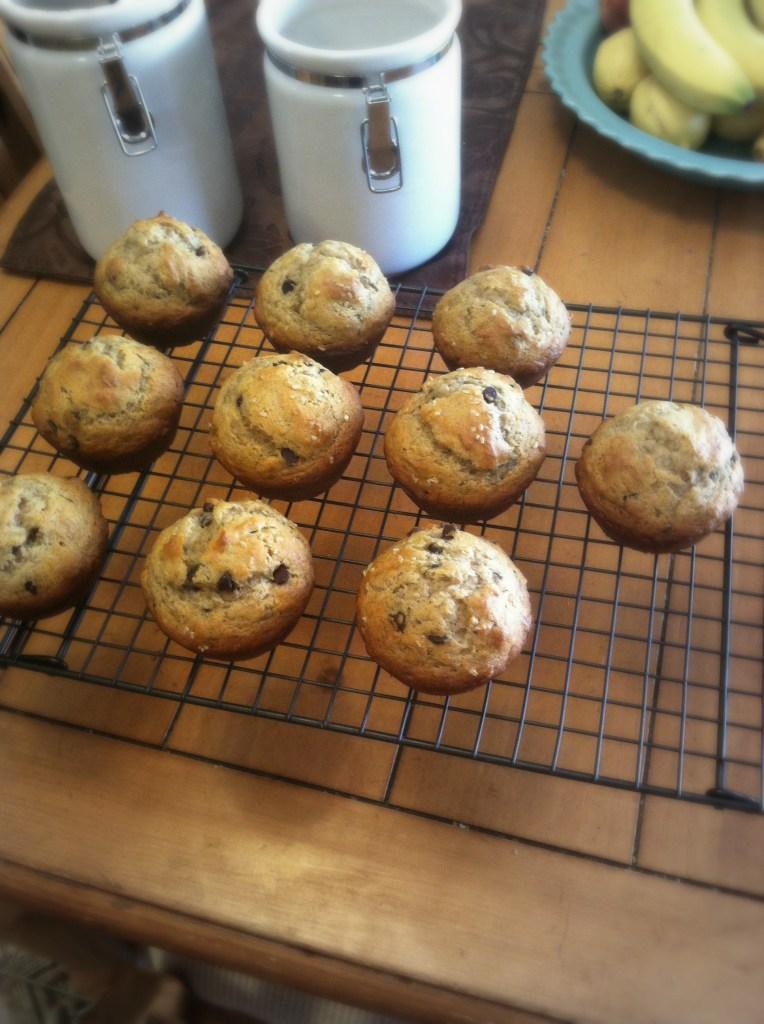 Banana Muffins: A Staple | longdistancebaking.com