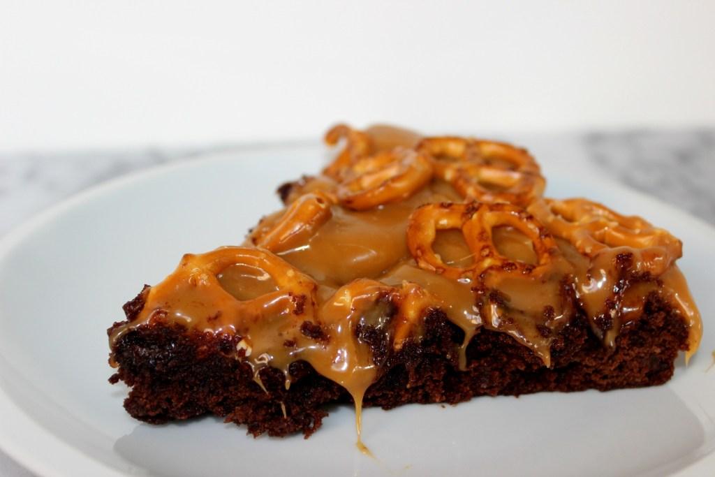 Caramel Pretzel Brownie Pie