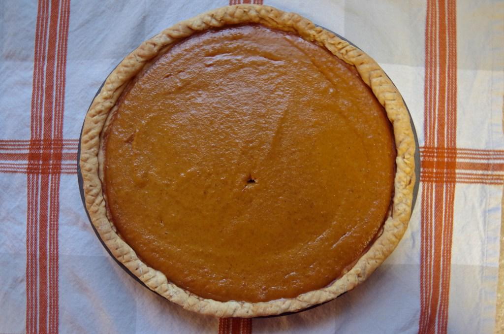Traditional Pumpkin Pie   longdistancebaking.com