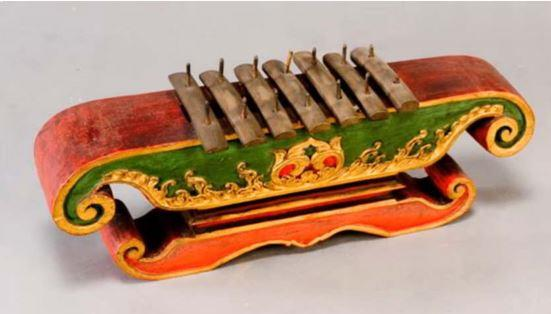 Alat Musik Tradisional Sulawesi Tenggara Lado-Lado