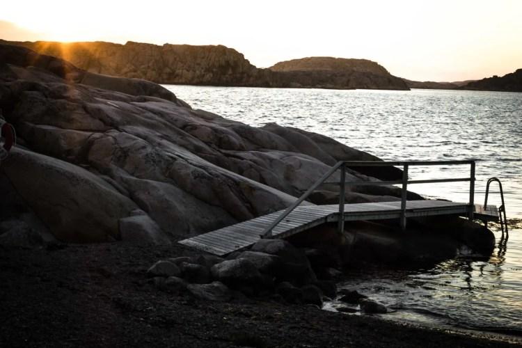 Camping in Hamburgö, a tiny island in the Swedish archipelago, thanks to allmansrätten.