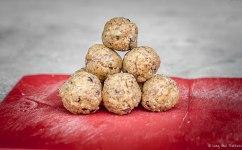 Raw Peanut Butter Chocolate Chip Cookie Dough Balls