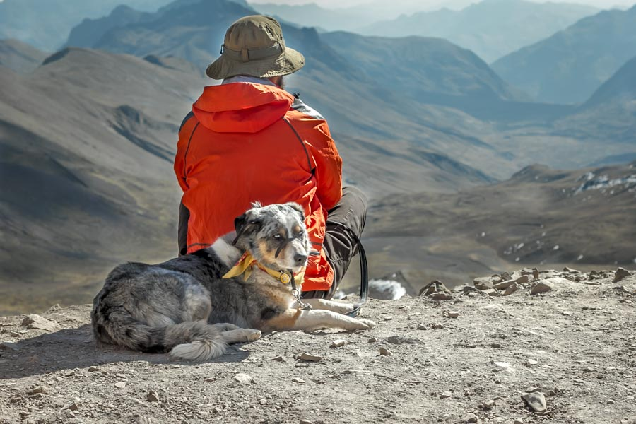 Bike 'n Hike: Rainbow Mountain | - The Best Adventure Dog Australian Shepherd