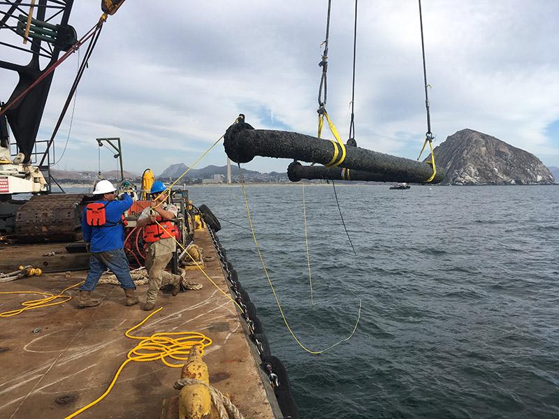 Longitude 123 Barge Pipe Hoist