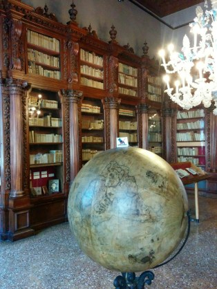Beautiful library in the Museo Correr