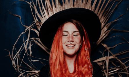 Charlotte Wessels sortira Tales From Six Feet Under, un album de titres sortis sur Patreon
