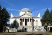 800px-Archeological_dig_at_Chiswick_House_uncovering_the_remains_of_the_old_Jacobean_House43