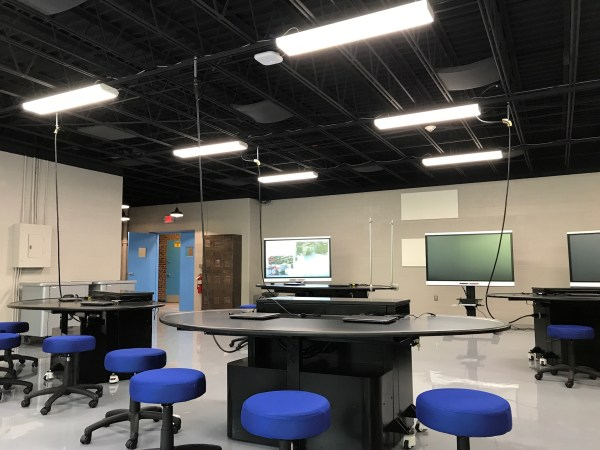 Flexible High School Science Lab Complete In