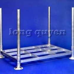 steel-post-pallet L_wm