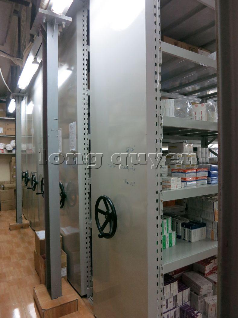 Giá kệ dược phẩm kệ để thuốc Mobile Shelving bệnh viện Hồng Ngọc (9)