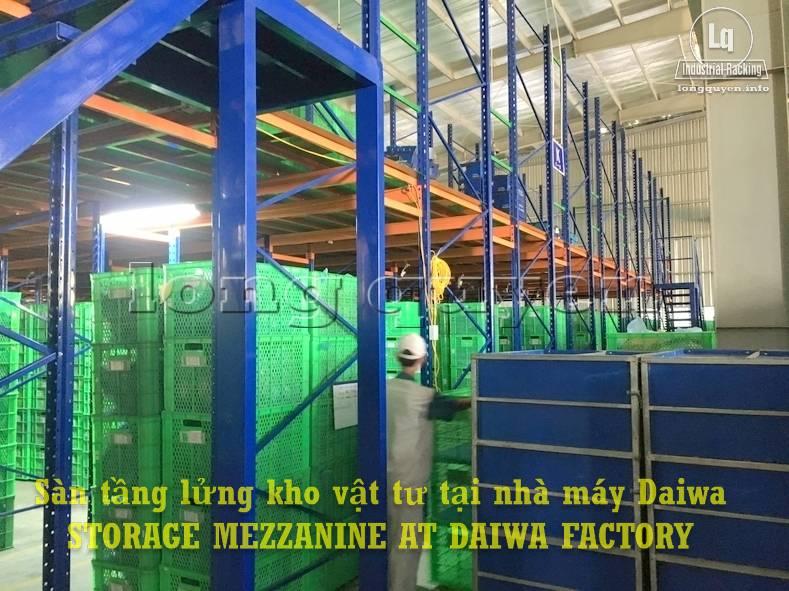 Sàn tàng lửng kho vật tư khung giá kệ pallet lắp ráp tại nhà máy DAIWA (4)