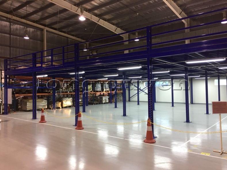 Lắp đặt sàn kho hàng tầng lửng mezzanine tại công ty Leprocon (1)