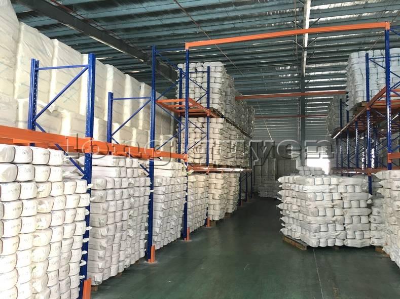 Giá kệ sắt để hàng kệ lắp ráp tại công ty Yulun1