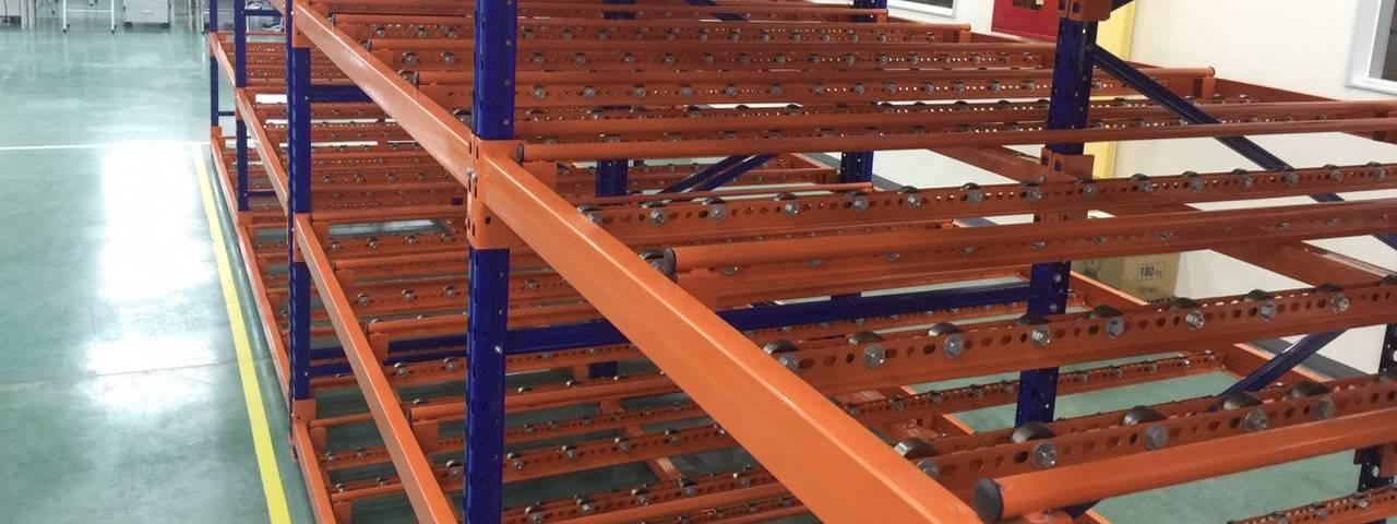 Giá kệ con lăn dòng chảy giá kệ trôi lắp đặt tại công ty Sumi Việt Nhật (1)