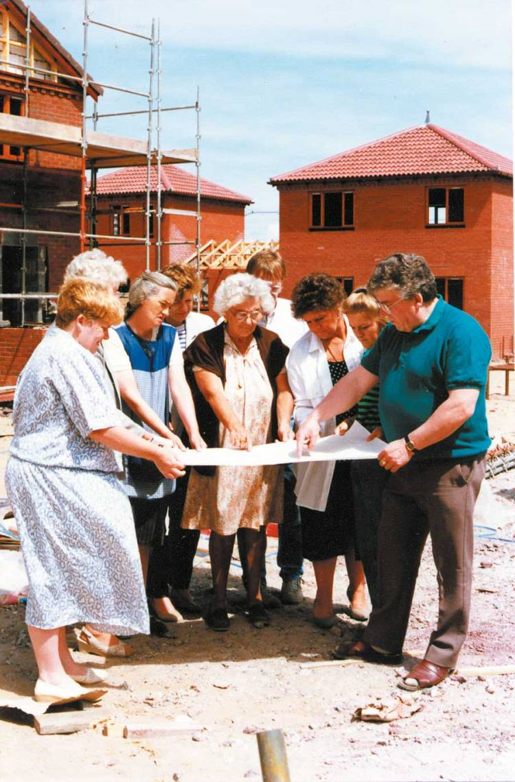 Work begins in the Eldonian community in Liverpool in 1986. Bill Halsall, of the Halsall Lloyd Partnership, Architects and Designers