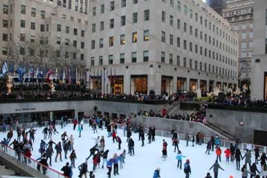 La patinoire du Rockefeller center... Trop de monde, on a vite bougé !