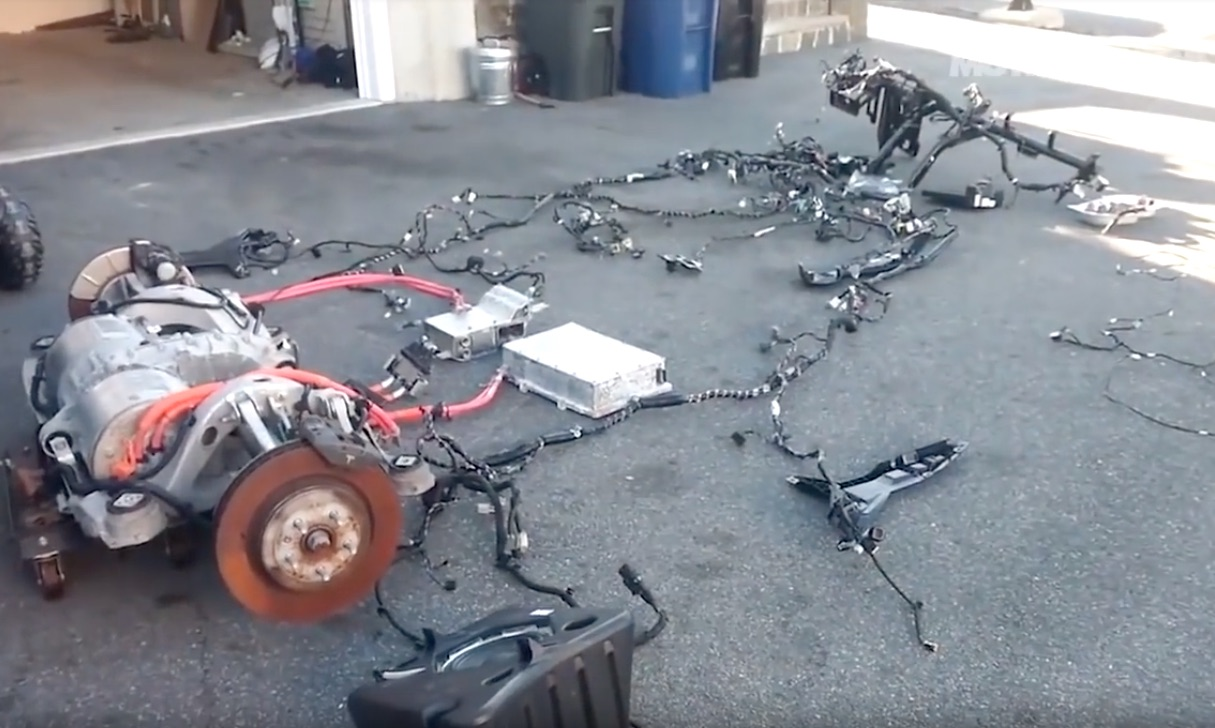 hight resolution of rich rebuilds and tesla u0027s opinion on the right to repair the longwiring harness and