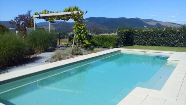 Swimming-Pool-01-Myrtleford