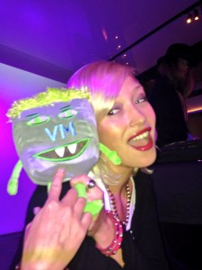 Melvin Monster VM with DJ