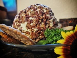 Easy Chicken Cheese Ball