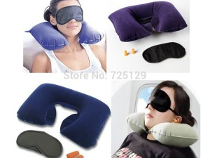 Kit de viaje: Cojín aire cuello + máscara Pillow + tapones oidos