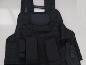 Chaleco Militar Tactico con funda pistolera
