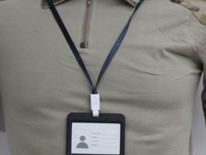 Porta gafete para credencial
