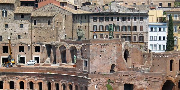 Random Body Parts in Rome
